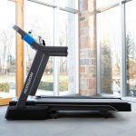 HZ19_LIFESTYLE_7_0AT-treadmill_living-room_lores-scaled